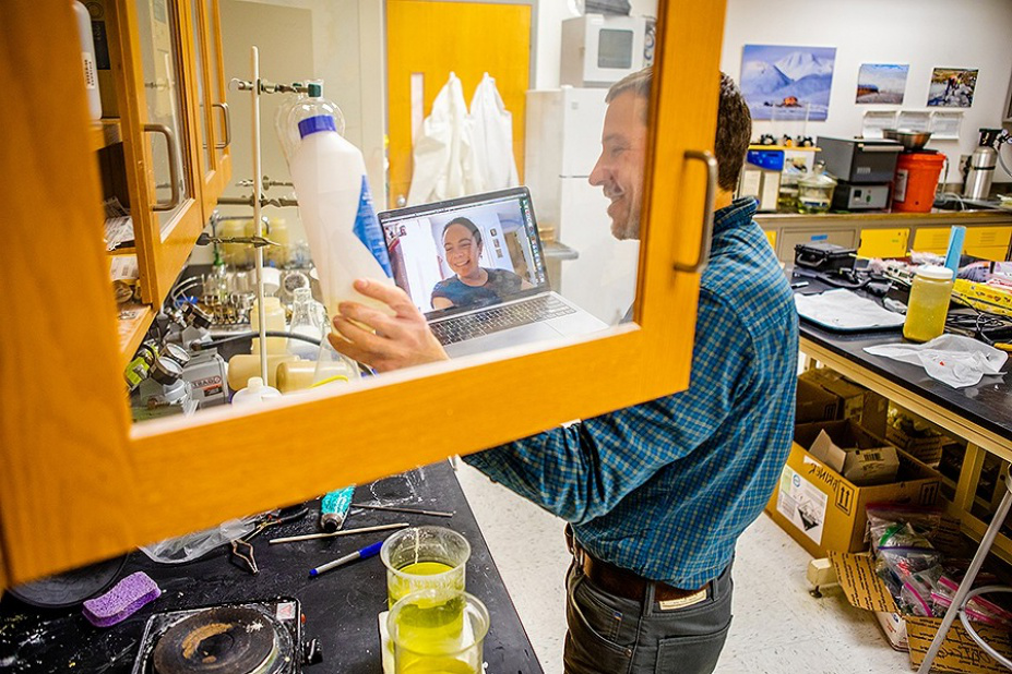 Jason Briner, with the geology department, speaks with a potential graduate student from Vermont via video conference in Hochstetter Hall in March 2020.